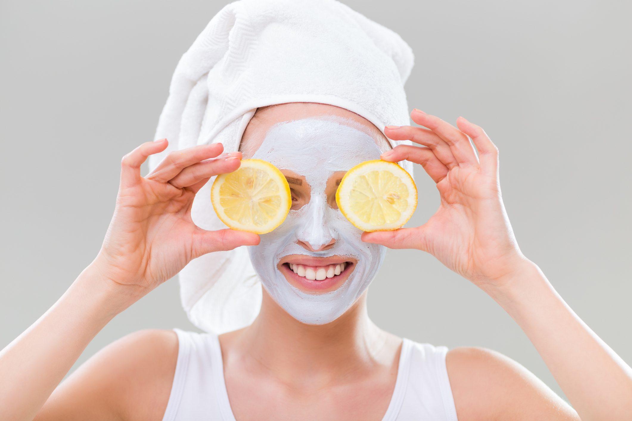 maschera viso limone e bicarbonato