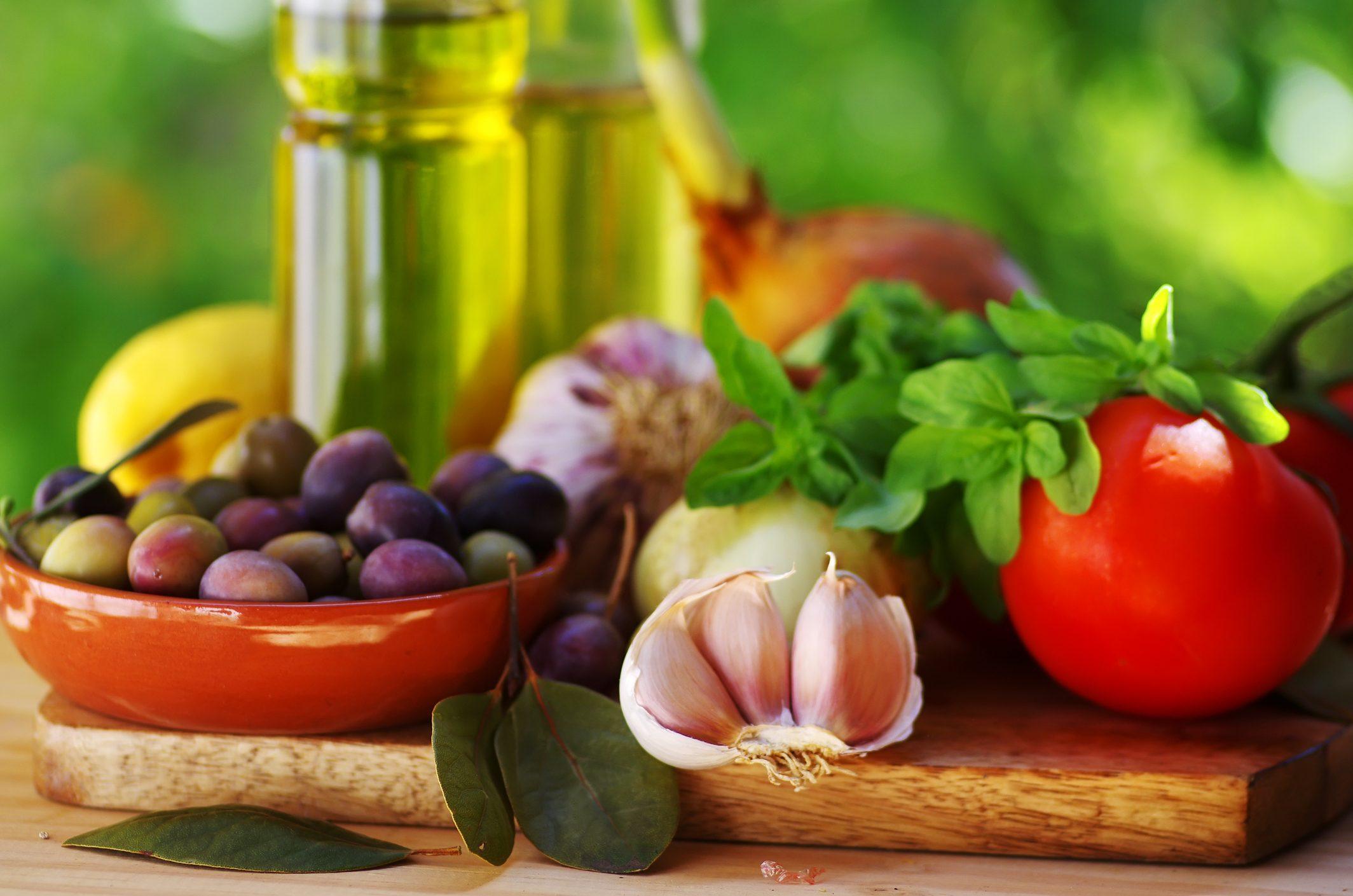 caratteristiche e benefici della dieta mediterranea