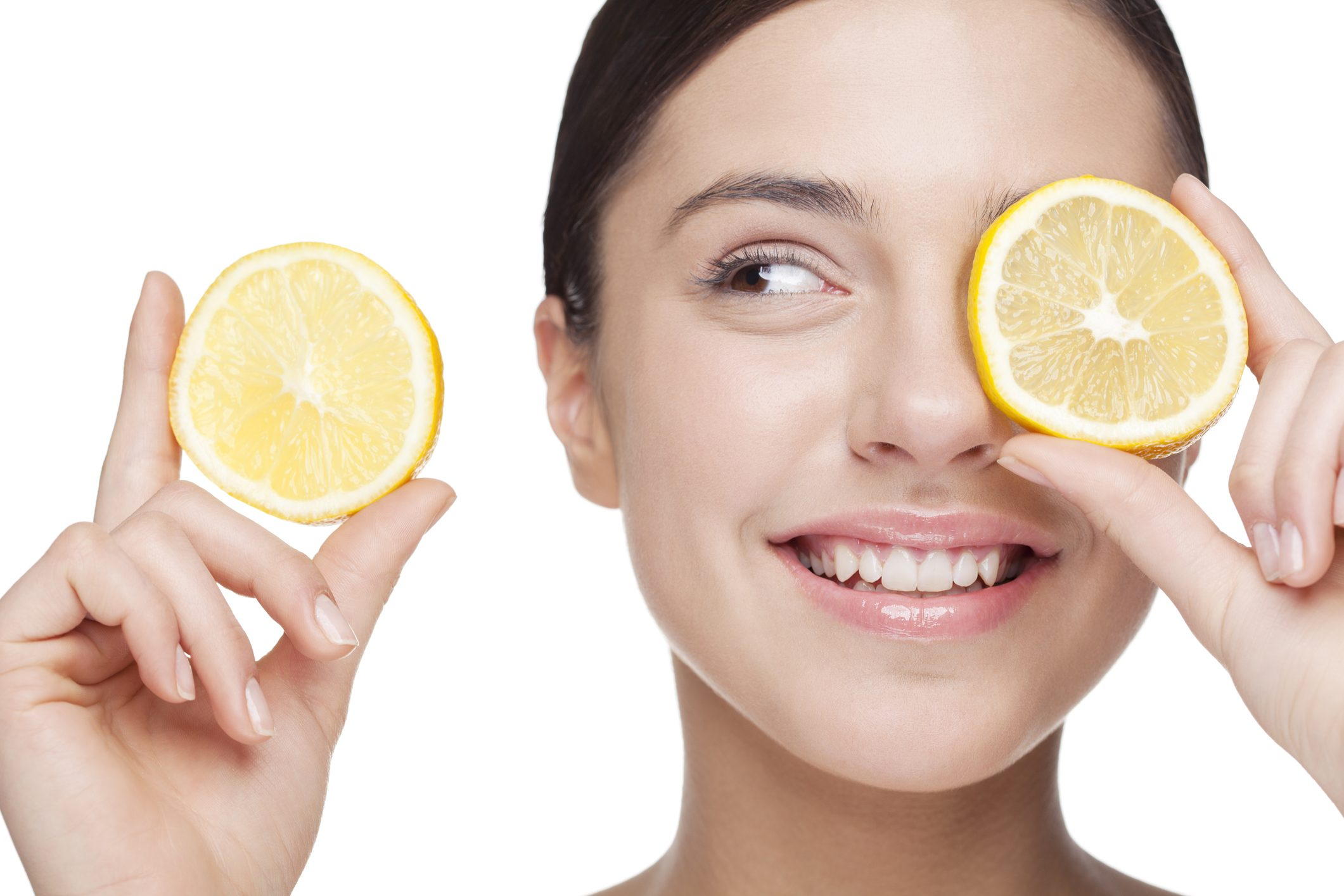 Proprietà del limone sulla pelle  come avere una cute giovane e lucente 3c7b05b12607