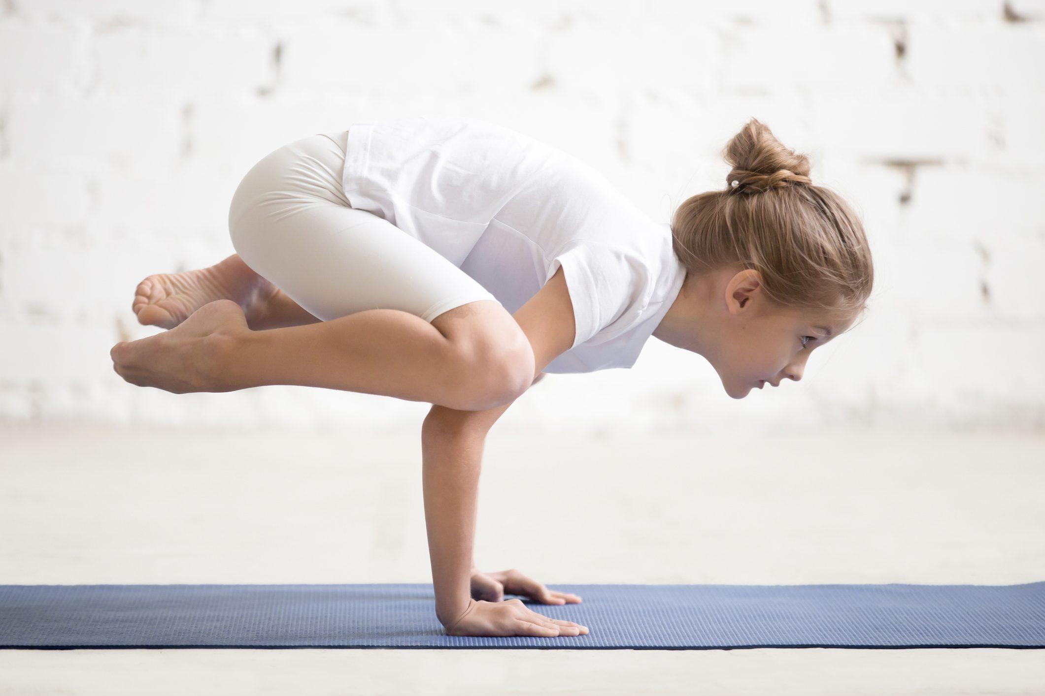 cbcd34743a4a Lo Yoga per bambini migliora l'equilibrio, aumenta la concentrazione ed  elimina lo stress
