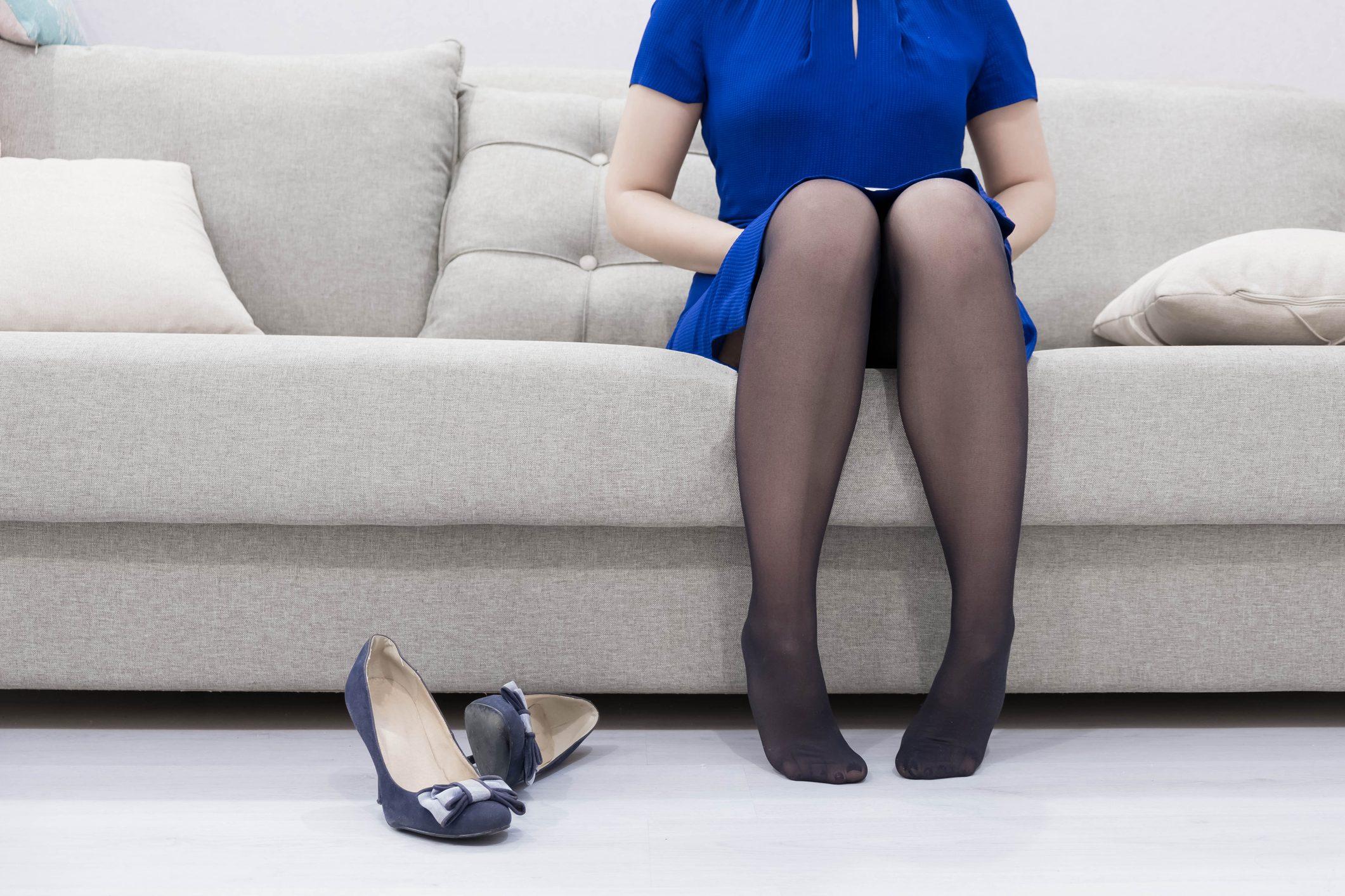 Gambe gonfie: le cause, i sintomi e a chi rivolgersi | Ohga!