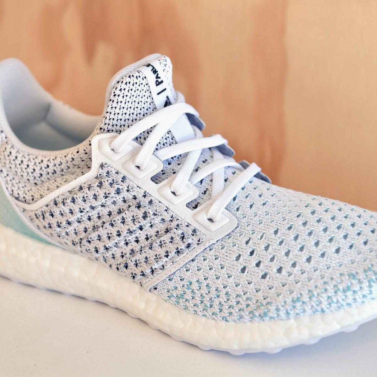 Adidas, vendute 6 milioni di scarpe fatte con la plastica