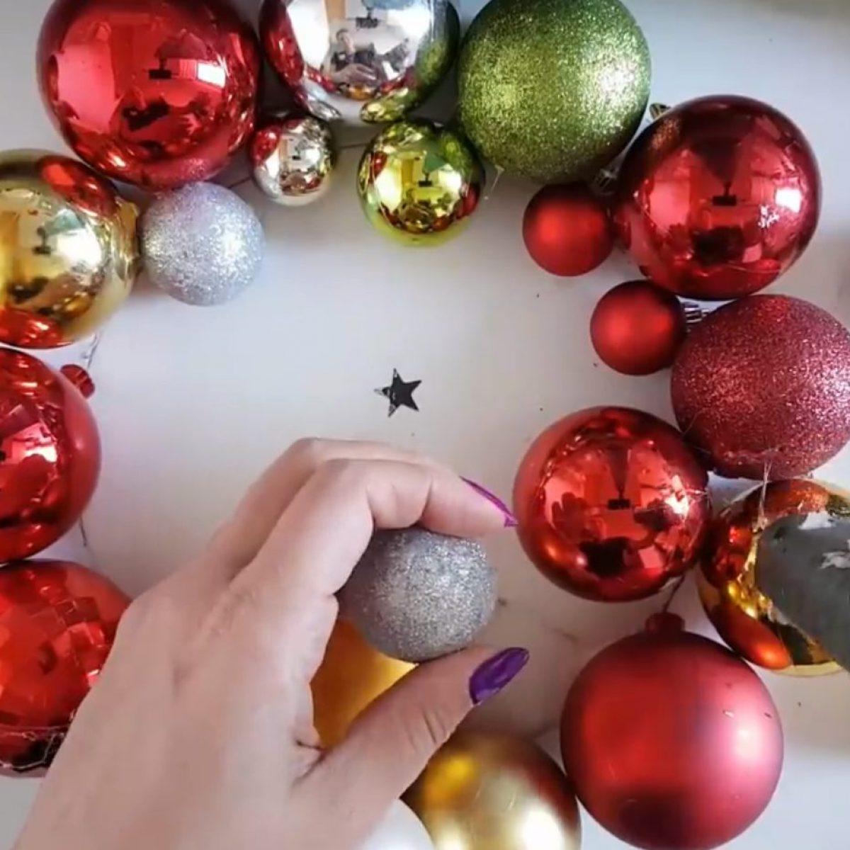 Idee Di Riciclo Per Natale come riutilizzare le palline di natale: l'idea di riciclo è bellissima