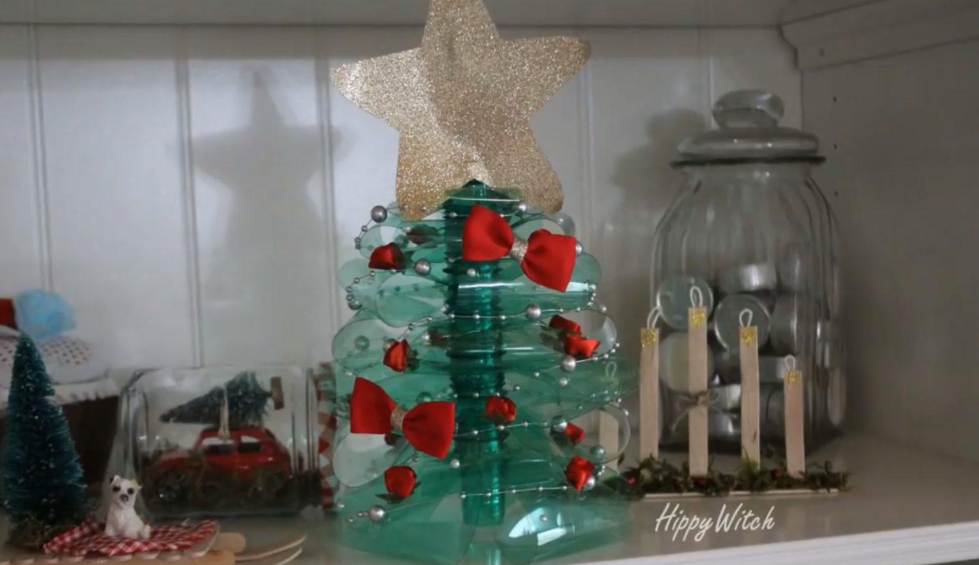 Bricolage Con Bottiglie Di Plastica.L Albero Di Natale Fai Da Te Con Bottiglie Di Plastica L