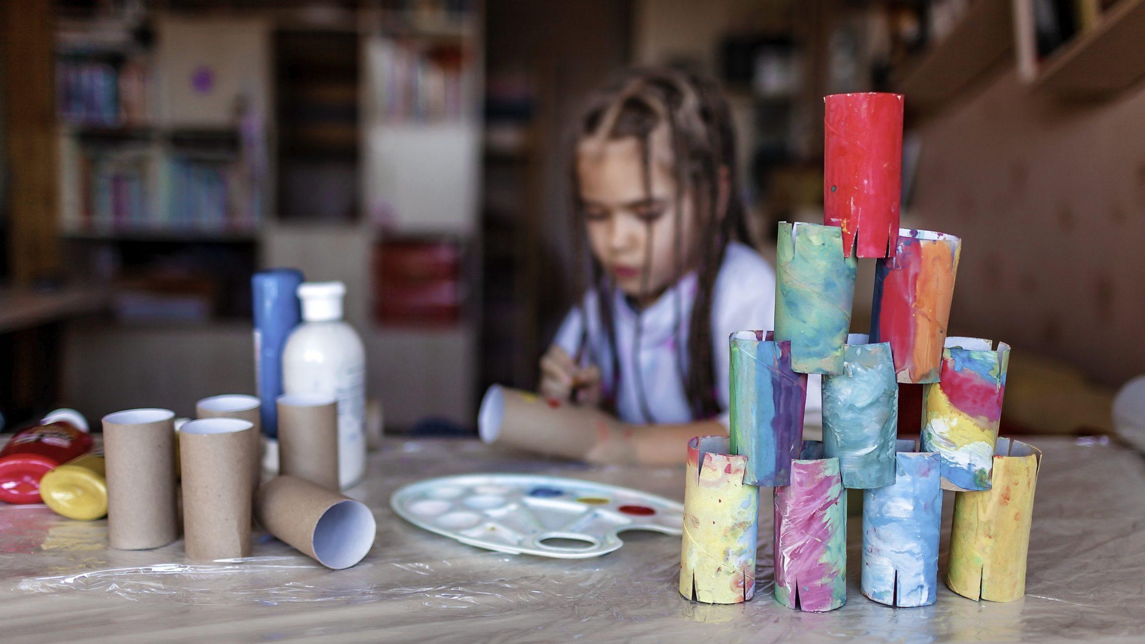 riciclo tubi carta per giocare con i bambini