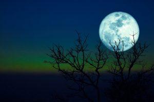 luna-blu-significato